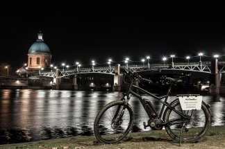 Nocturnal Cycle Toulouse by night