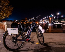 Nocturnal Cycle…..Toulouse by night