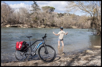 Ride along The Ariege river with an E-Bike
